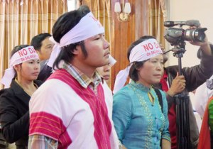 activists-wearing-headbands-in-taunggyi