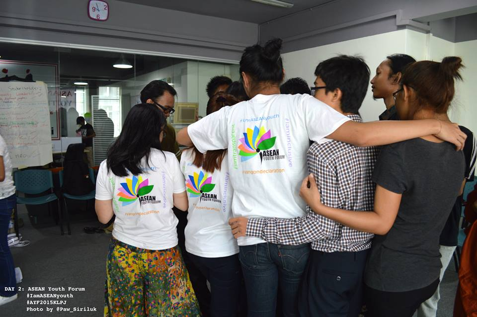 The ASEAN youths together were holding each other to be the one to protect human rights in the region. AYF, Kuala Lumpur, Malaysia, 2015.